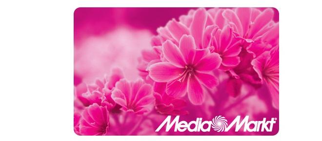 Розовый пластик с цветами